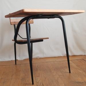 Old School Desk3